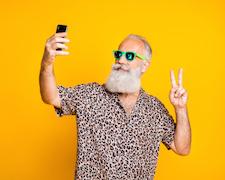 Sette consigli contro la dipendenza da cellulare.